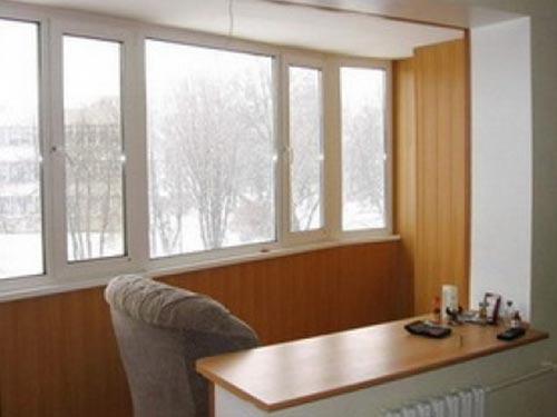 На фото присоединение балкона к кухне