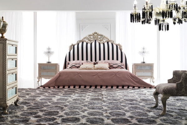 Пример современного дизайна спальни с элементами барокко
