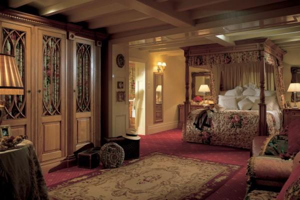 Дизайн спальни в английском стиле: от задумки до воплощения