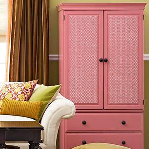 Шкаф обновленный с помощью покраски