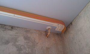 Открытый карниз для натяжного потолка