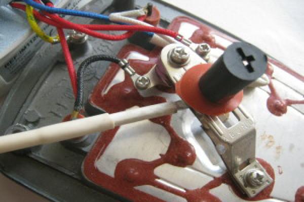 Осмотр контактов терморегулятора