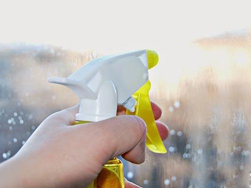 Какими средствами мыть пластиковые окна