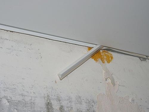 Демонтаж натяжного потолка своими руками