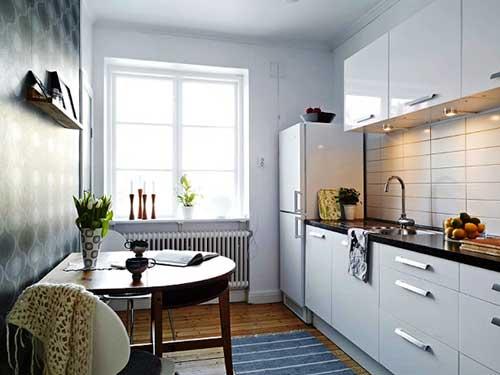 На фото интерьер маленькой кухни своими руками