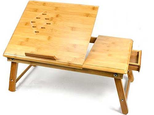 На фото стол для ноутбука