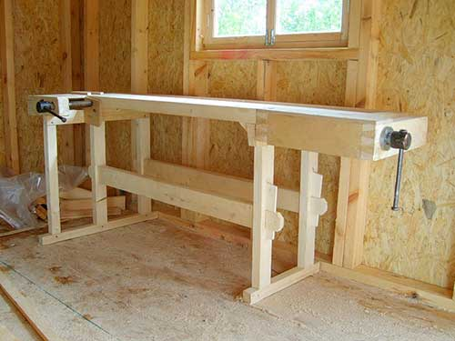 На фото верстак плотника