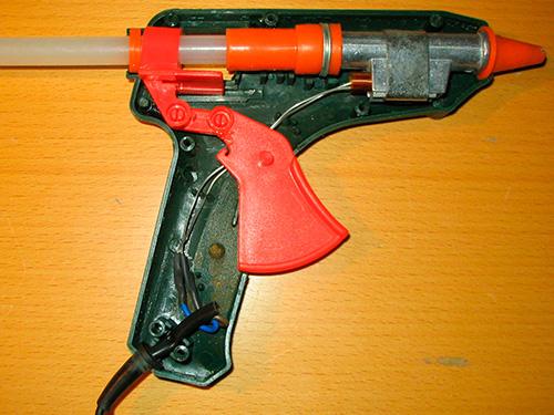 Как выбрать клеевой пистолет
