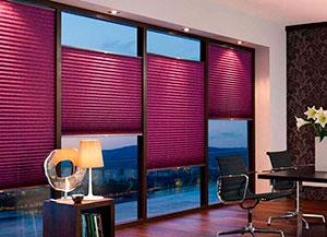 Шторы плиссе на панорамных окнах