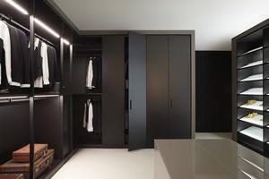 Porro_Home_dressing_room