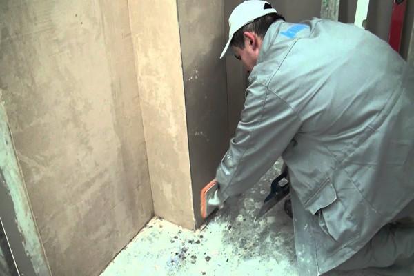 Подготовка стен (грунтование) под поклейку обоями