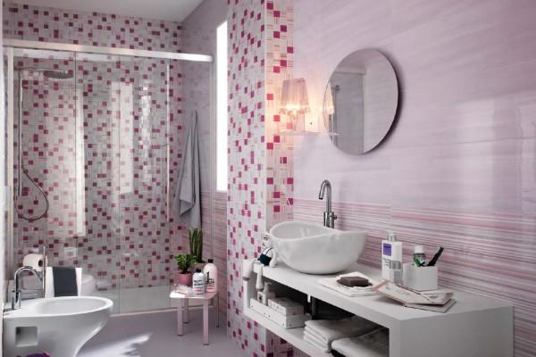 Керамическая мозаика в интерьере ванной комнаты