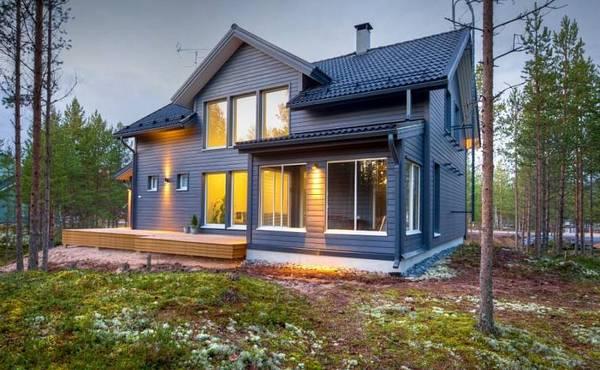Если каркасный дом построен по технологии, он не боится ни сильного ветра, ни землетрясения