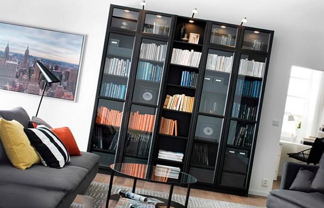 Книжный шкаф в стиле хай-тек