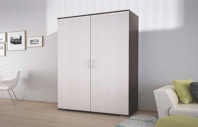 Распашной двухдверный шкаф