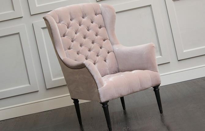 Каретная стяжка на кресле