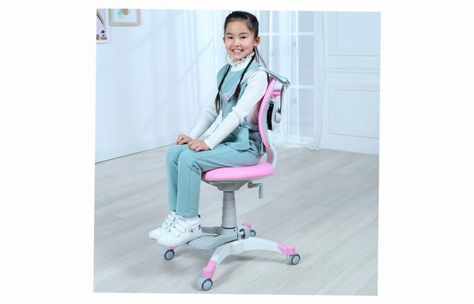 Регулирующийся стул для школьников