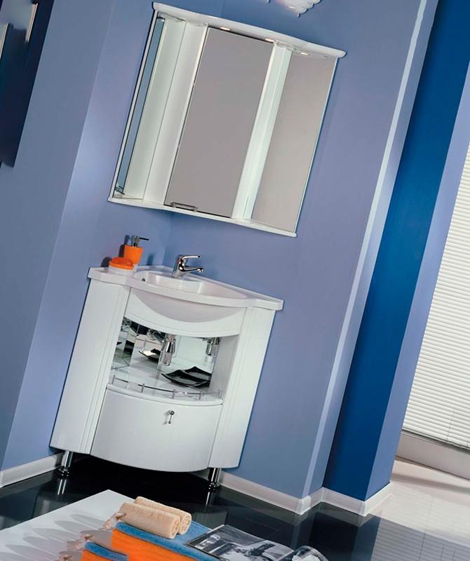 Угловая мебель в ванной комнате
